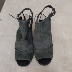 WHBM green open toe shoes 7M